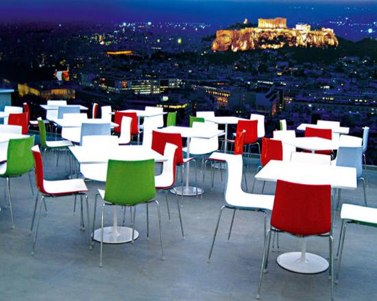 Novus City Hotel: Restaurant Night