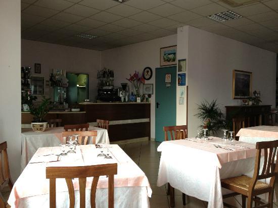 Colline Verdi: Ingresso del ristorante