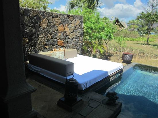 Maradiva Villas Resort and Spa: Outside plunge pool