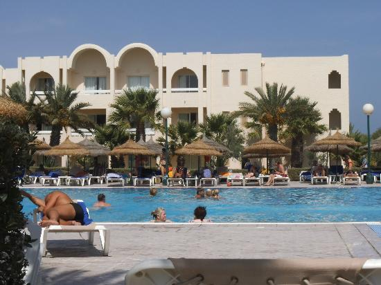IBEROSTAR Mehari Djerba: By the pool