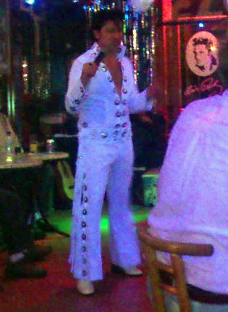 The Elvis Tribute Bar And Diner : Great songs
