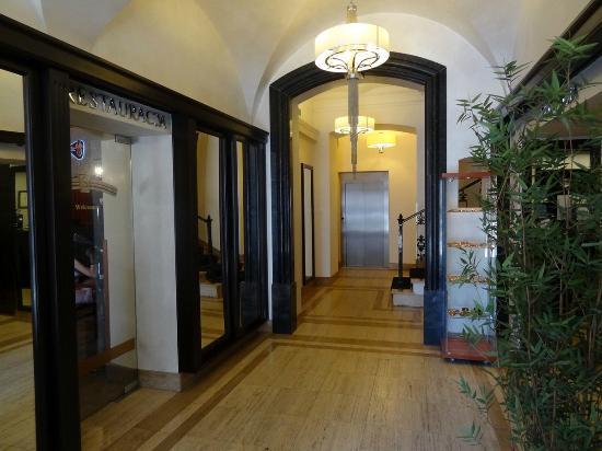 Senacki Hotel: Lobby