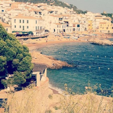 Hotel Mediterrani: mysig by med många restauranger