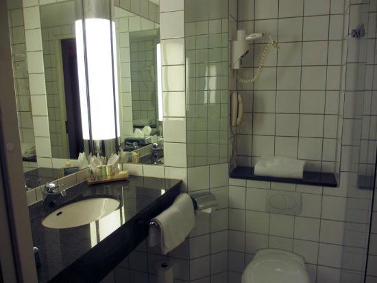 Radisson Blu Hotel Nydalen, Oslo: Bathroom