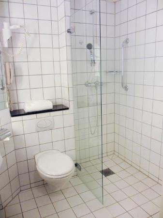 Radisson Blu Hotel Nydalen, Oslo: Shower