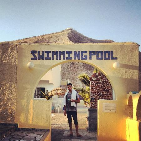 Andreas Studio Hotel: Pool area