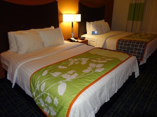 Fairfield Inn & Suites Twentynine Palms-Joshua Tree National Park: Schlafbereich