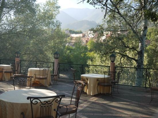 Domaine de la Roseraie: the terrasse