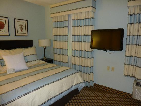 Homewood Suites by Hilton - Bonita Springs: King bed