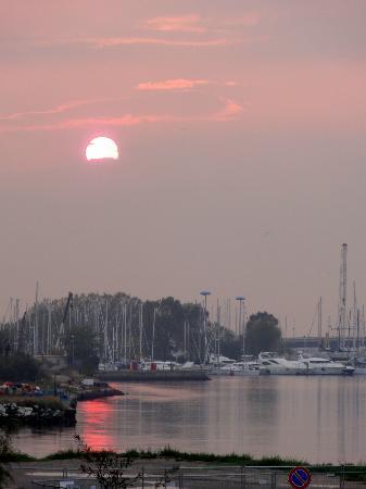 Hotel Vecchia Rimini: Camera con vista tramonto