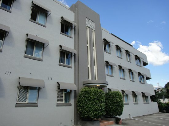 Photo of Hampton Court Apartments Brisbane
