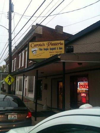 Brooksville, KY: carota's pizzeria since 1986