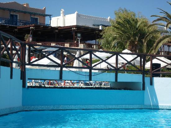Aldemar Cretan Village : vue de la piscine
