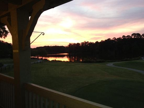 Gardens Restaurant at Callaway Gardens: Sunset dining on the outdoor deck!