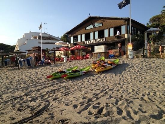 Sitio de Calahonda, España: chiringuito royal beach pirata
