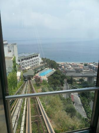 Le Terrazze: вид из лифта