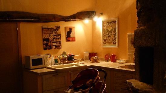 Two Night House: cocina