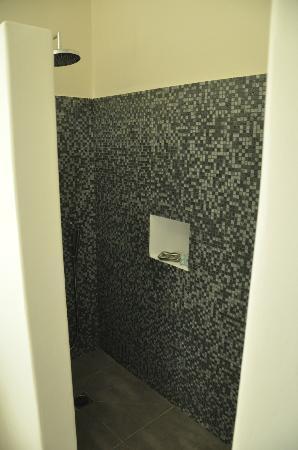 Nefeli Sunset Studios: Amazing new tiled shower with rain shower head