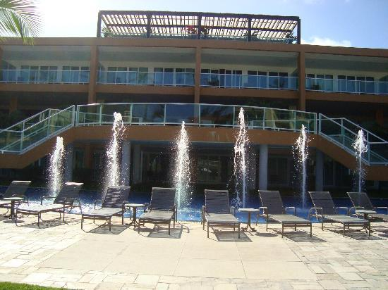 Enotel Acqua Club - Porto de Galinhas: Prédio principal, onde está o Lobby Bar e recepção do hotel.