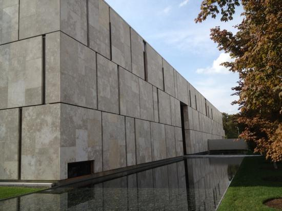 The Barnes Foundation: exterior