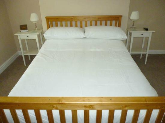 The Queens Head Hotel: Bedroom