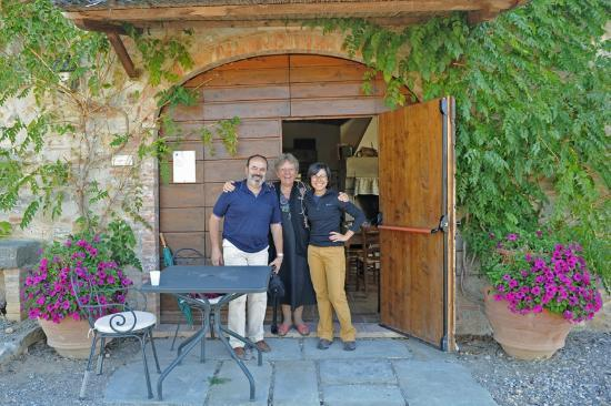 Podere Alberese: Hosts owners