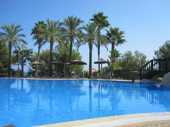 Hotel SH Villa Gadea: This is the lower pool