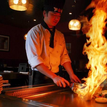 Hilton Garden Inn Plymouth: Tokyo Hibachi Restaurant Next Door