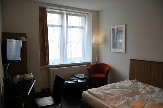 Sorell Hotel Rutli: 室内