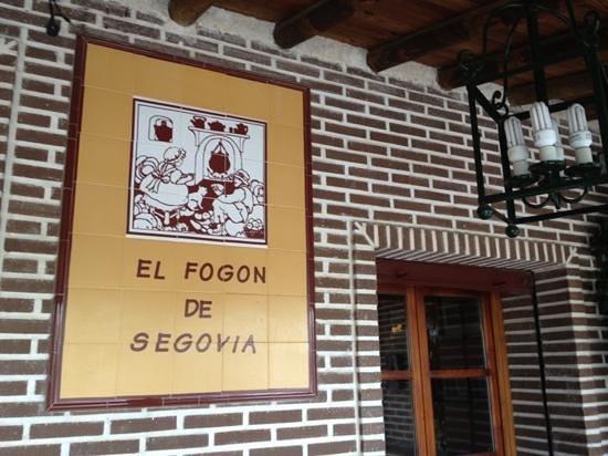El Fogon de Segovia: Gran asador en la provincia