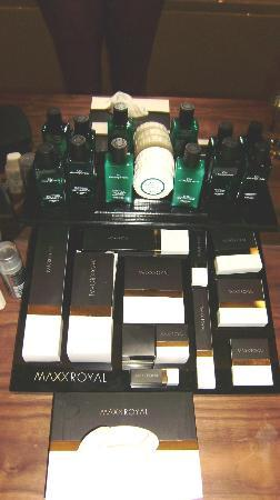 Maxx Royal Belek Golf Resort: toiletries in room