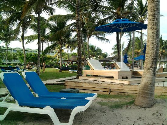 Coconut Bay Beach Resort & Spa: Harmony wing-lots of areas to relax, tan, sleep...etc