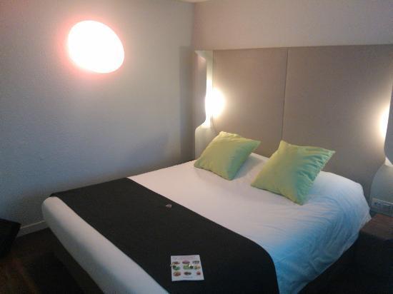 Campanile Montpellier Est - Le Millenaire: chambre standart