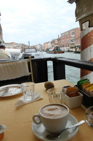 Hotel Continental Venice: Your view from the breakfast table