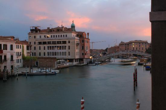 Hotel Continental Venice: An evening in Venice