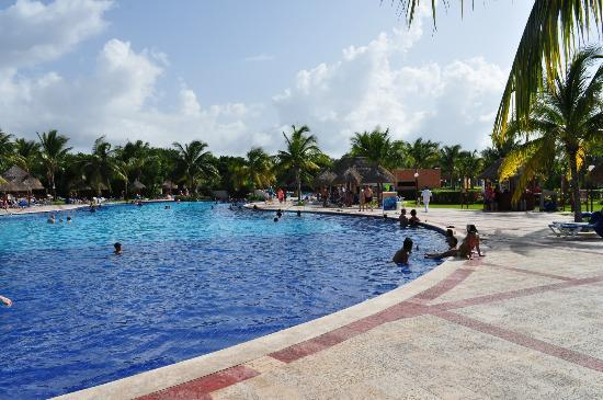 Grand Bahia Principe Coba: Swimming Pool