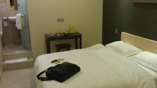 One Avenue Hotel: Superior Double Room