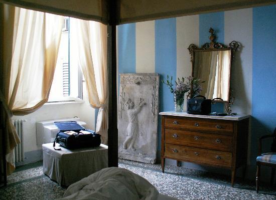 Locanda Sant'Agostino Maison de Charme : Alcove room