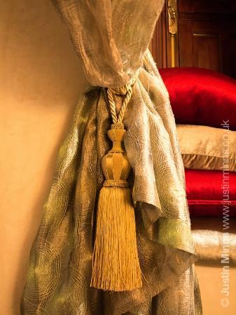 Riad Kniza: Samar room detail