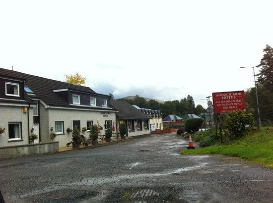 Front of Aonach Mor Hotel