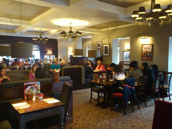 The Crooked Billet: Crooked Billet - Restaurant area