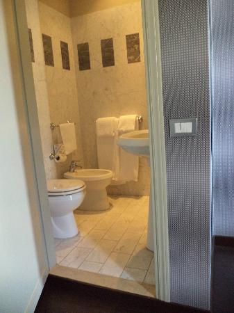 Hotel Universo: Bagno