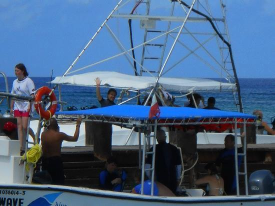 Occidental Grand Cozumel: They have diving boats and facilities on the beach.