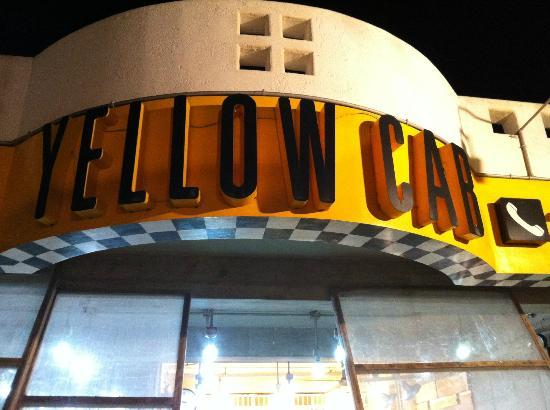 Yellow Cab Pizza: station 3