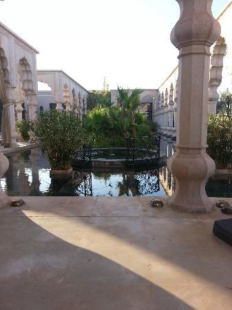 Palais Namaskar: Harmony Pond with Jacuzzi