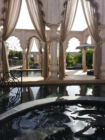 Palais Namaskar : View of a jacuzzi room and a pool room