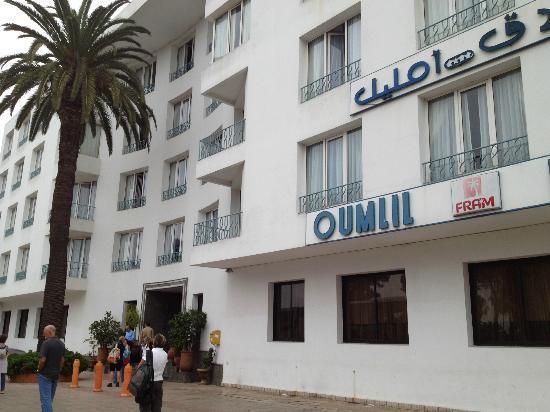 Hotel Oumlil : Facciata dell'albergo