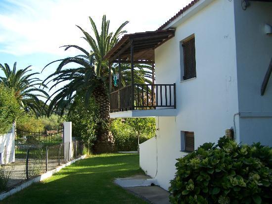 Villa Karina: die Ferienanlage