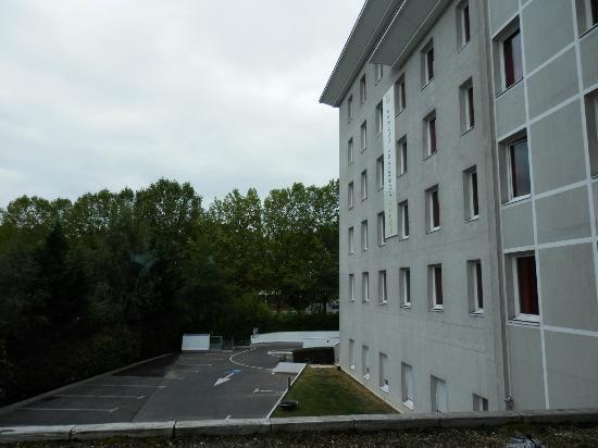 พรีเมียร์ คลาสรอยซี่ วิลเลพินท์ - ปราก เดส เอ็กซ์โพซิชั่น: View from our Room