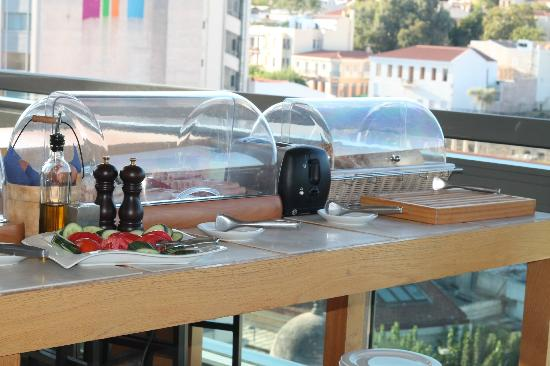A for Athens: Very nice breakfast set up